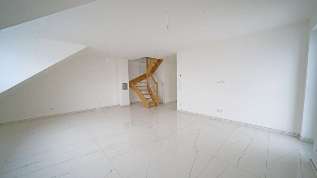 Wohnzimmer 1 - Maisonette Wohnung Ulm
