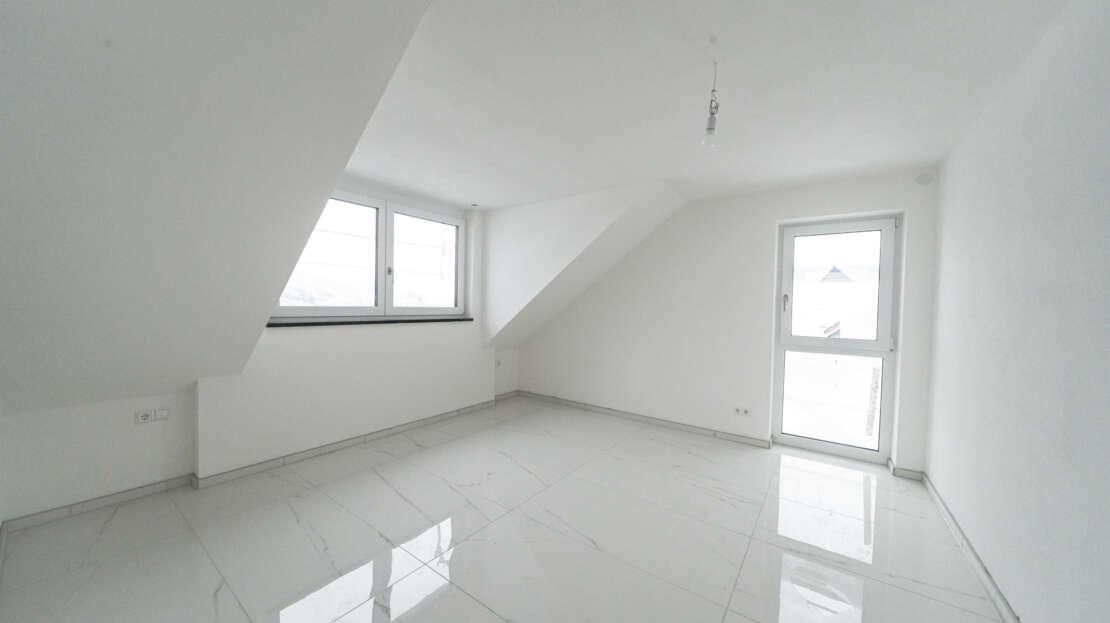 Zimmer 1/1 - Maisonette Wohnung Ulm